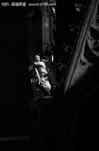 惠威与您同游德国汉诺威(4)-黑白之魅