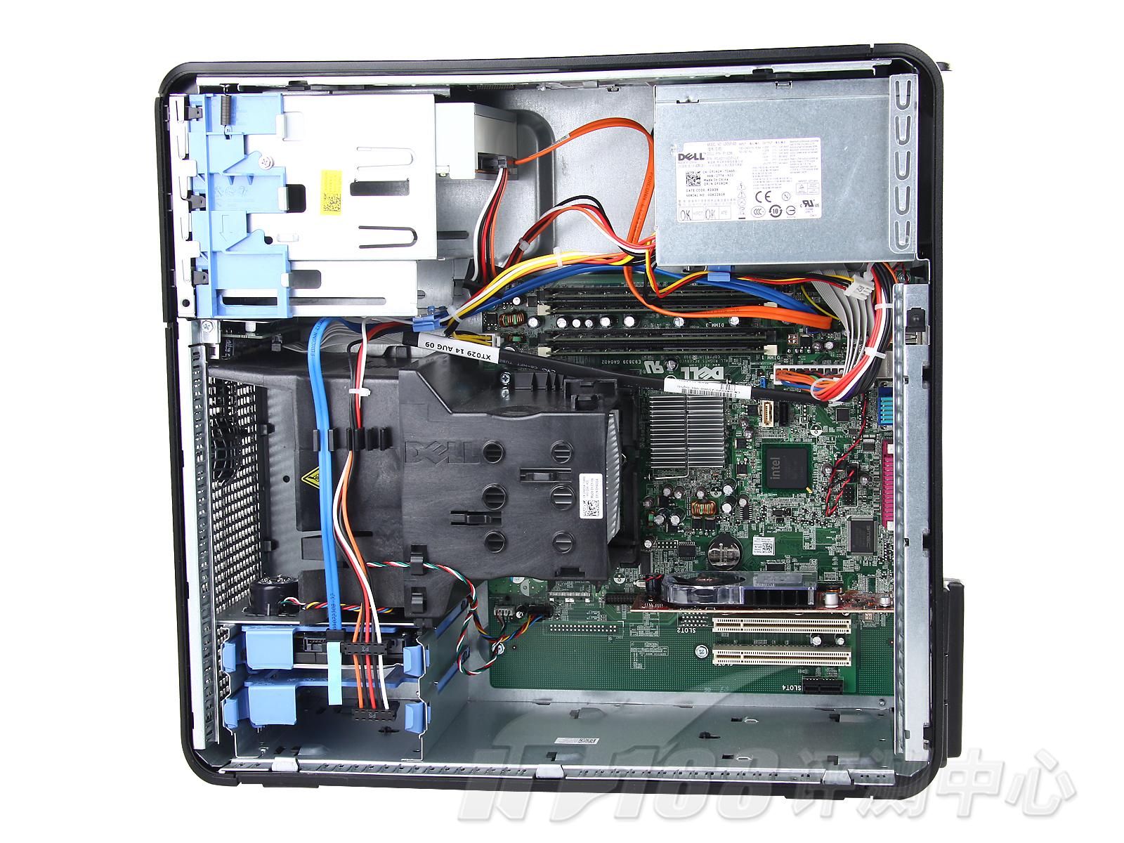 配置如此高端的OptiPlex780功耗表现又如何呢?我们看到这款机器的零负荷待机功耗只有68瓦,满负荷运行也只有111瓦,这个功耗水平表现的极为出色。考虑到这仅仅是主机的功耗表现而没有加上显示器,若加上显示器功耗水平满负荷也仅130多瓦,依然表现十分优异。 IT168评测中心观点:   选购戴尔产品首先一个好处就是可以灵活搭配硬件,选配出最符合自己使用需要的产品,此外可以选择灵活的售后服务方式,戴尔也会提供完善的服务。这是从硬件配置到售后服务戴尔都会提供一整套的解决方案。  戴尔OptiPlex78