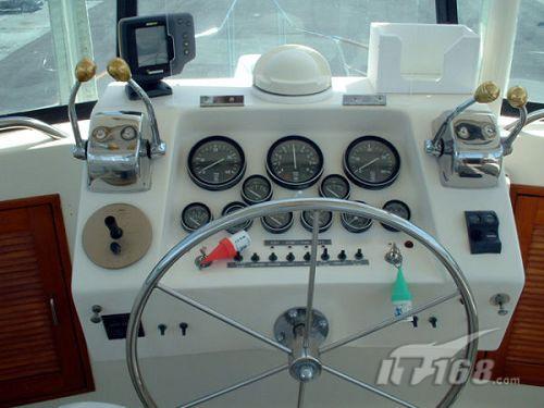 连续推出的12xl等型号导航仪,将12个平行接收频道技术应用于手持gps