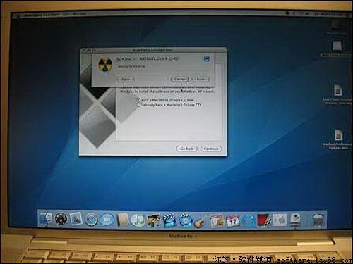 """""""正版""""的microsoft windowsxp安装光盘,home或pro都可以,最好是sp2"""