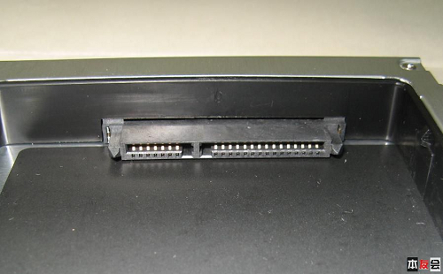 机械硬盘接口类型图解